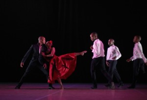 Carmen, coreografia di Dada Masilo (foto: John Hogg).