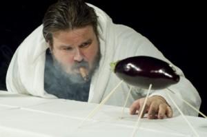 "Giuseppe Battiston in ""Orson Welles roast""."