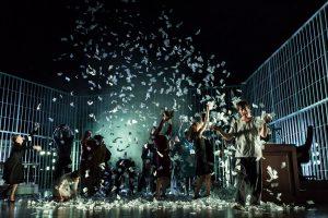 """""""L'opera da tre soldi"""" regia di D. Michieletto (foto: Masiar Pasquali)."""