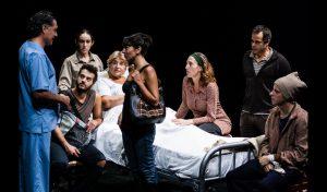 """""""La omision de la familia Coleman"""", di Claudio Tolcachir (foto: Giampaolo Samà)."""