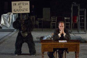 """""""In attesa di giudizio"""", regia di Roberto Andò."""