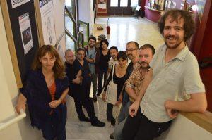 I 10 autori catalani del Progetto Fabulamundi, presso la Sala Beckett di Barcellona.