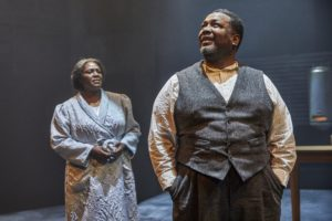 """Death of a Salesman"", Young Vic, Londra (foto: Brinkhoff Mogenburg)"